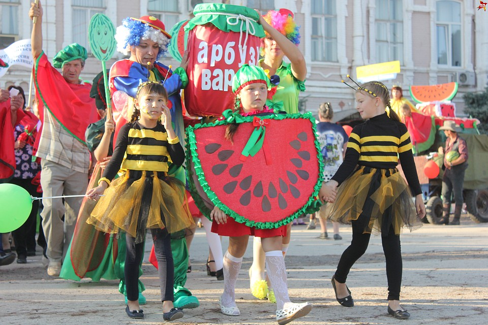 арбузный фестиваль в ровном
