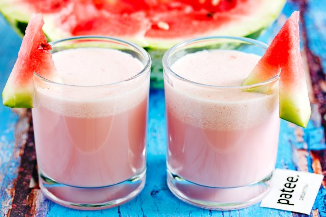 молочный коктейль с арбузом